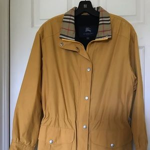 🔥🔥SALE!! Burberry jacket